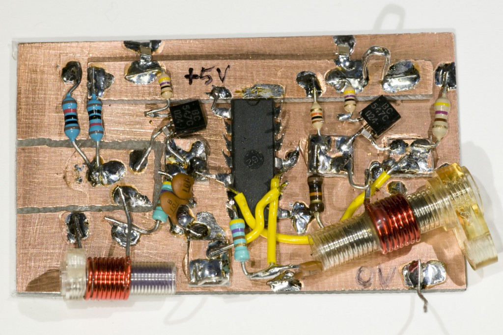 The physical circuit built on copper clad board