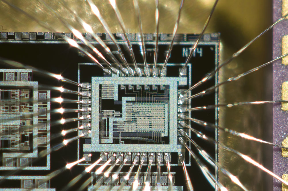 An integrated circuit I made around 1995 as a project at the university. The technology is 0.8 µm CMOS.